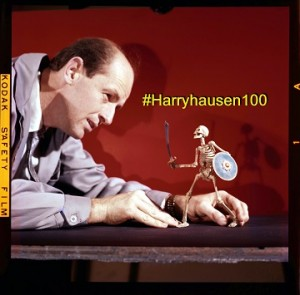 Ray with Skeleton small #HARRYHAUSEN100